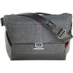 "Фотосумка Peak Design The Everyday Messenger 13"" Charcoal"